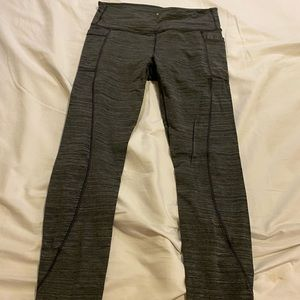 Athleta leggings with pockets